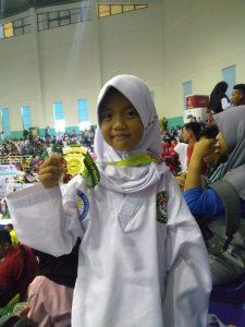 Anak Wartawan Media Online Metropolis.co.id, Naila Fahra Hanaya Pertahankan Juara  Medali Mas Kapolri CUP